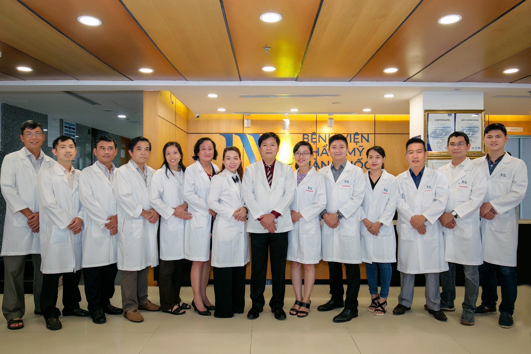 Đội ngũ bác sĩ trình độ cao tại Bệnh viện thẩm mỹ JW Hàn Quốc
