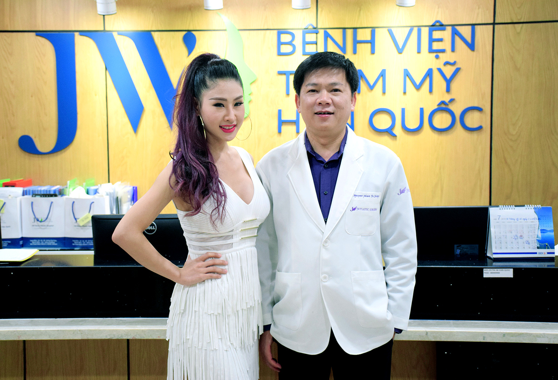 Nữ DJ Oxy và TS.BS Nguyễn Phan Tú Dung